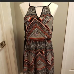Alya dress size large Never Worn